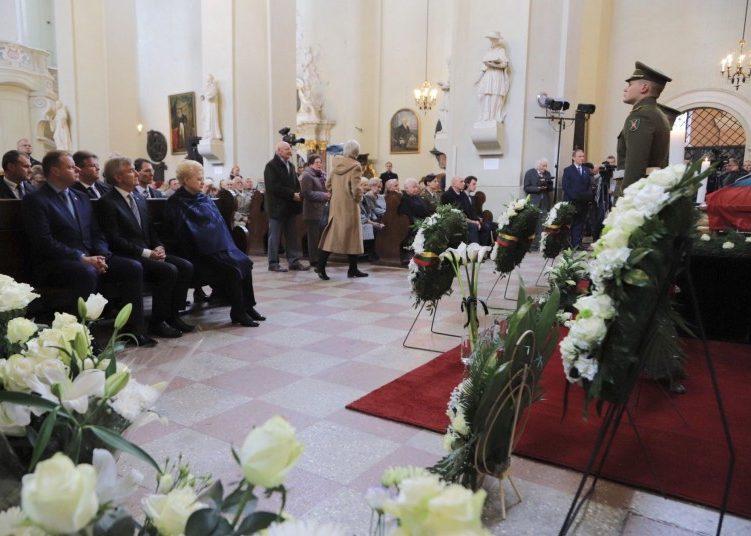 Adolfo Ramanausko - Vanago laidotuves   lrv.lt nuotr.