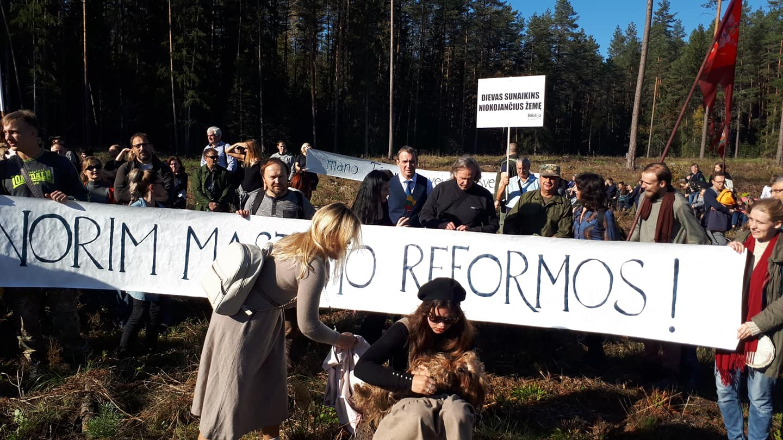 Žygis miškams išsaugoti | J. Vidzėnės nuotr.