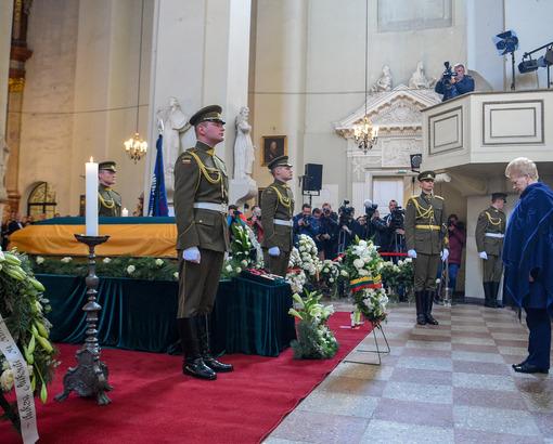 A. Ramanausko-Vanago laidotuvės   lrp.lt nuotr.