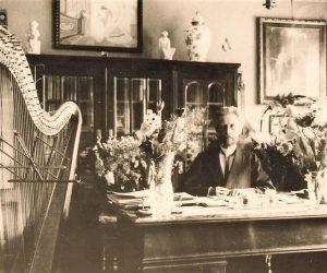 Tilžėje. Apie 1928 m.   maironiomuziejus.lt nuotr.