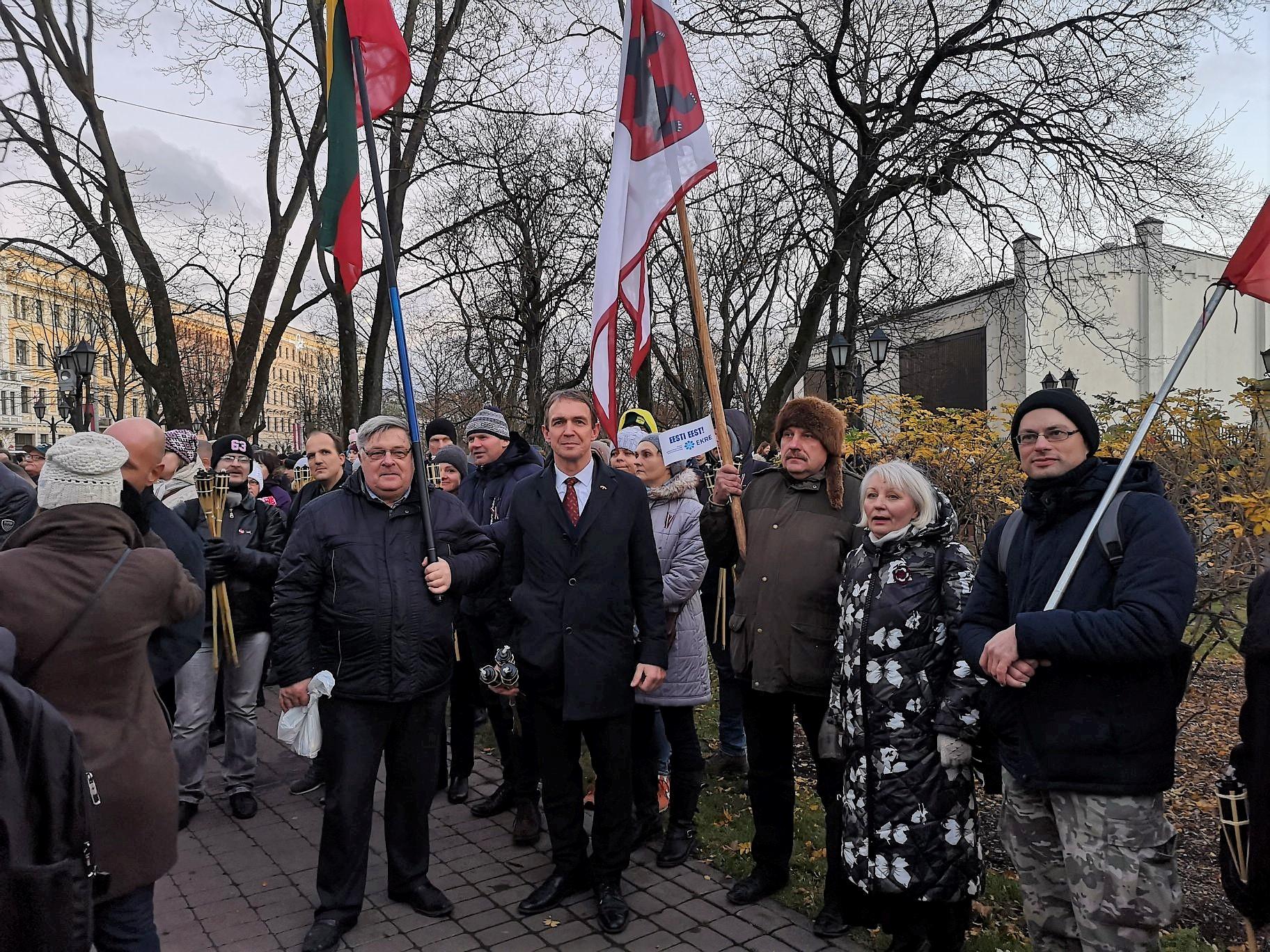 Arvydas Juozaitis Rygoje ruošiasi eitynems su deglais | A. Stalilionio nuotr.