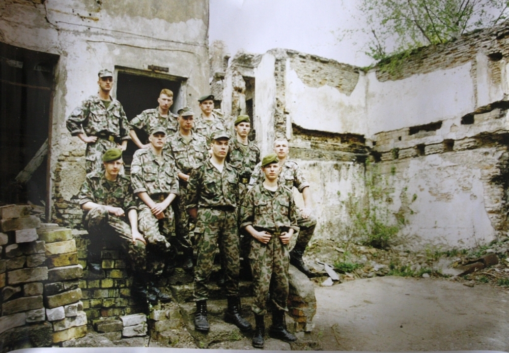 Lietuvos kariai dirbo savanoriais atstatant istorinius rūmus Vilniaus senamiestyje | Albino Kentros nuotr.