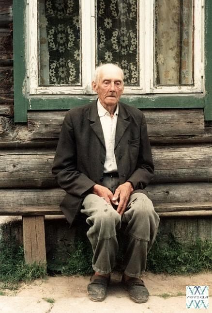 Jonas Martinkėnas iš Ažušilės (Ignalinos r.). | D. Vaitkevičienės nuotr., 1995m.