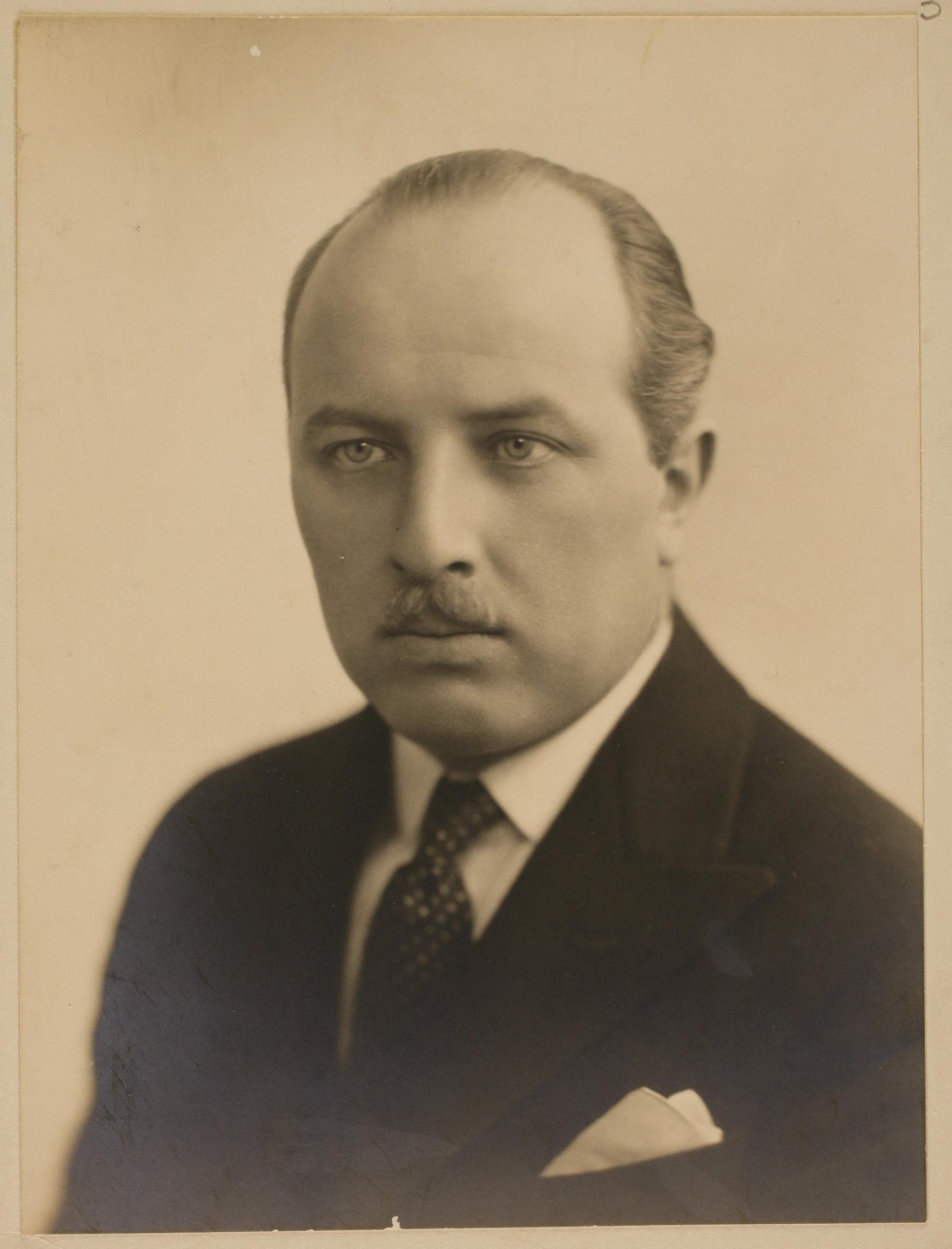Kazys Bizauskas – Lietuvos nepaprastasis pasiuntinys ir įgaliotasis ministras Didžiajai Britanijai. Londonas, 1930 m. | Lietuvos centrinio valstybės archyvo nuotr.