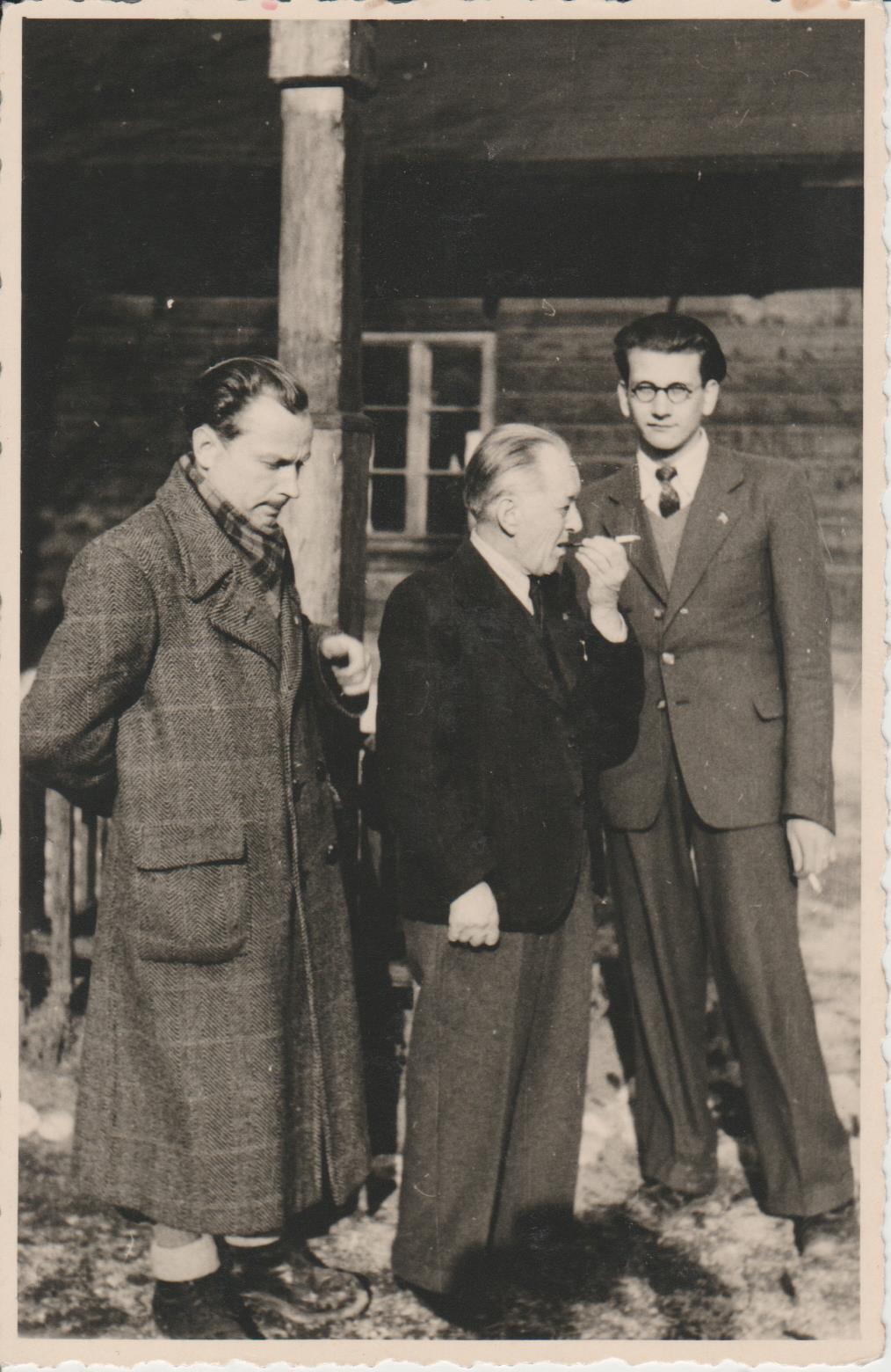 Krėvė viduryje, Glasenbachas, D.P.1946 m.      V. Krėvės memorialinio muziejaus nuotr.