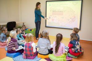 Nuo sausio didėja ikimokyklinio ir priešmokyklinio ugdymo pedagogų atlyginimai bei švietimo pagalbai skiriamos lėšos | smm.lt nuotr.
