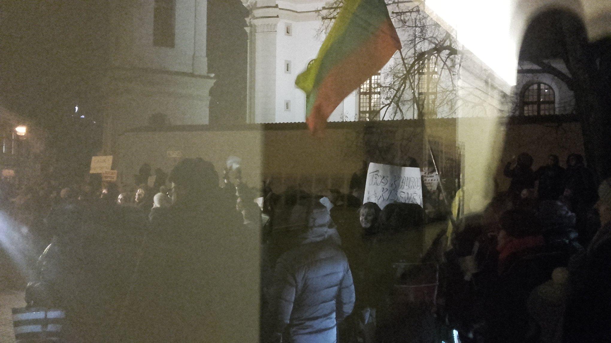 Mokytojų streikas ŠMM patalpose | V.Vizinio nuotr.