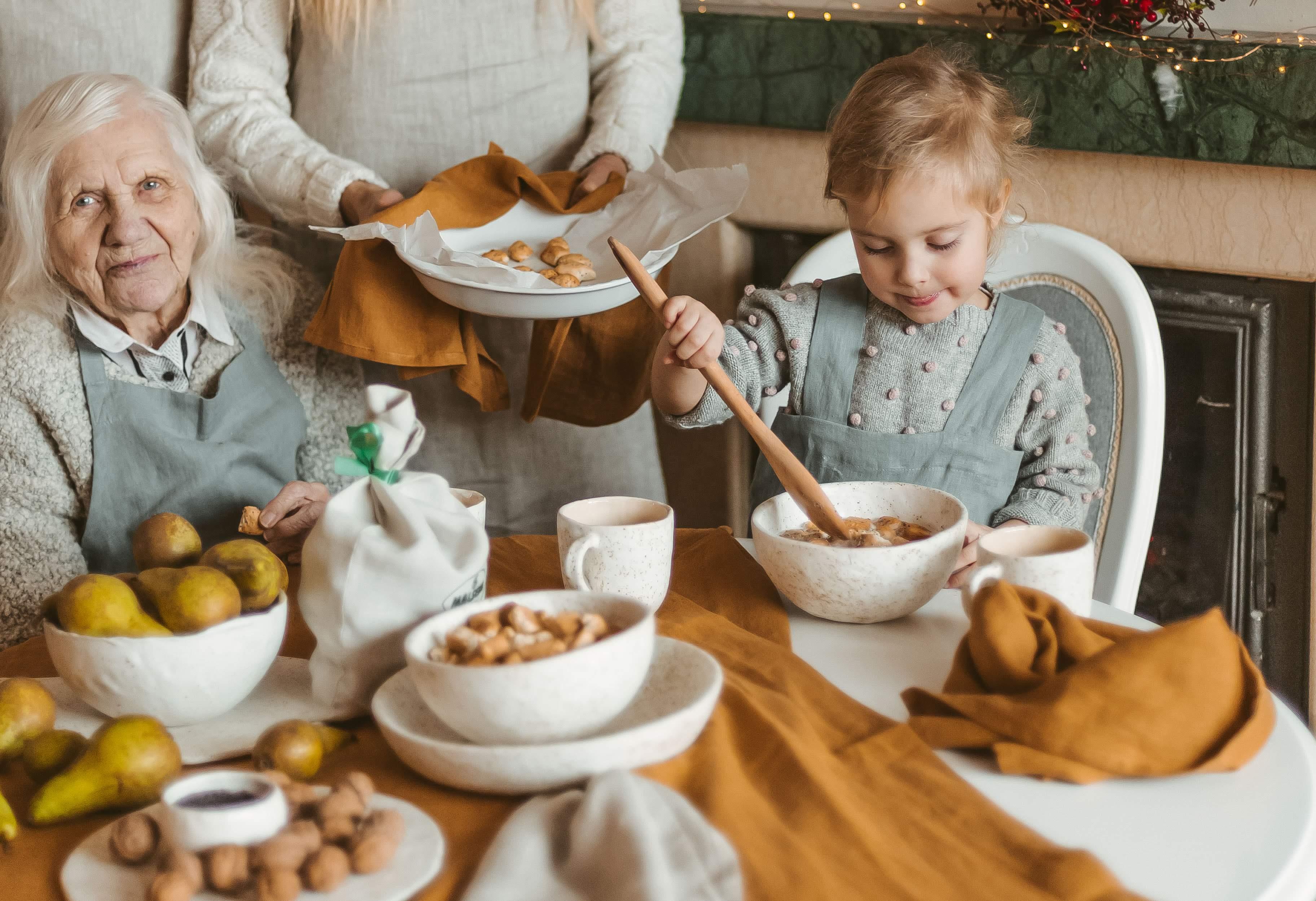 Tradicinis šeimos kučiukų kepimo procesas | Bertos Garuckės asmeninio albumo nuotr.