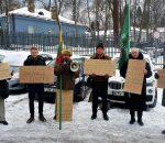 Piketas prie Valstybinės saugomų teritorijų tarnybos Vilniuje | Rengėjų nuotr.