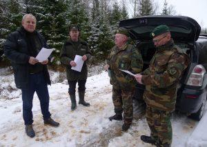 Prienų miškų urėdijoje Verknės girininkijoje Gojaus miške senųjų metų šaulių palydėtuvės Lietuvos partizanų bunkeryje |