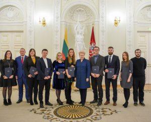 Apdovanoti jaunieji mokslininkai | lrp.lt nuotr.