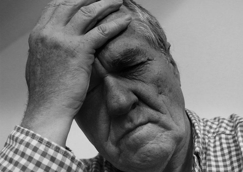 kaip susitvarkyti su galvos skausmu sergant hipertenzija)