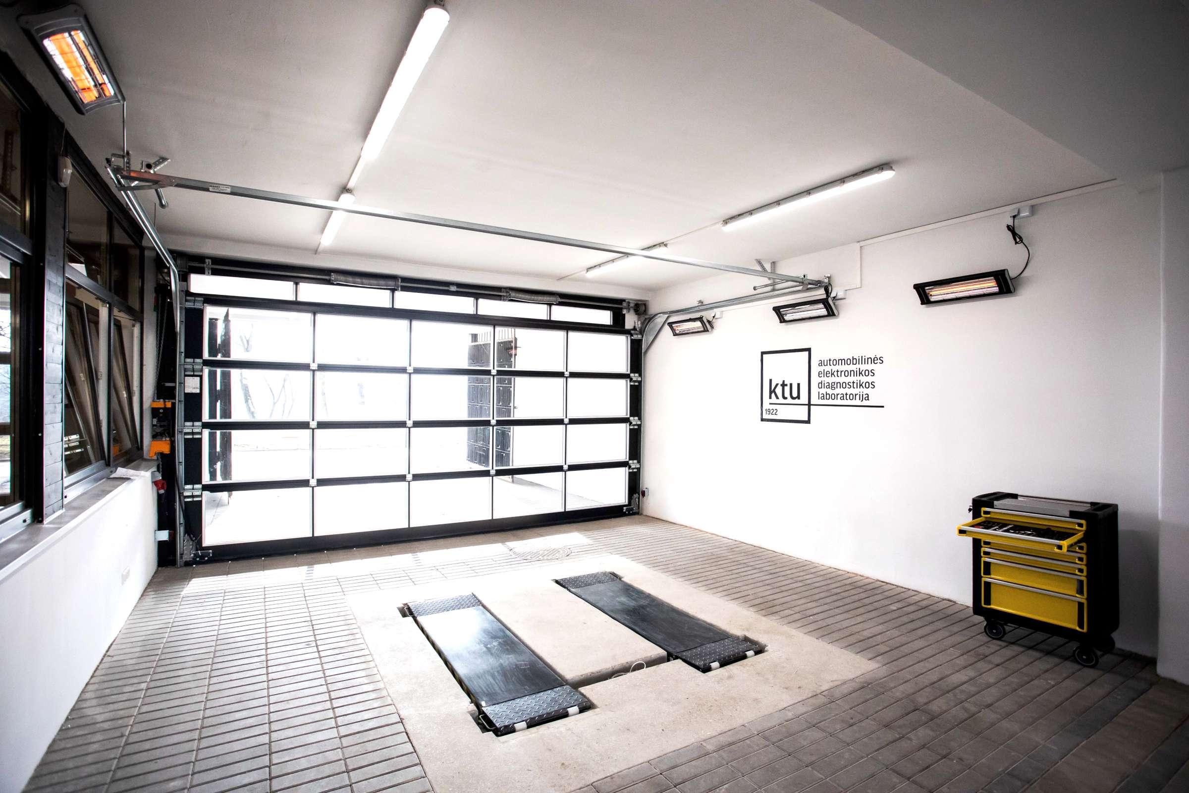 BalticDiag automobilinės elektronikos diagnostikos laboratorijos garažas-2400