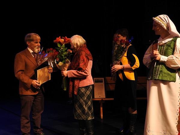 Vasario 16-osios šventėje Ignalinoje pagerbti senieji lietuviški vardai ir įteikta kultūros premija | Ignalinos rajono savivaldybės nuotr.