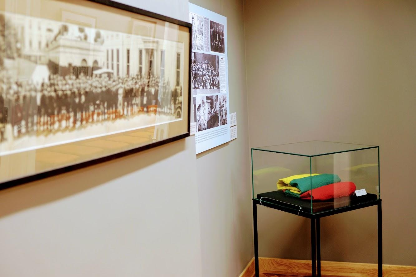 Istorines veliavos ekspozicija