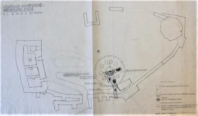 """""""Vilniaus Aukštutinė - Gedimino pilis. Spėjamos šventyklos planas"""" (1987 m. lapkričio mėn. S. Lasavicko brėžinys, saugomas Lietuvos literatūros ir meno archyve)."""