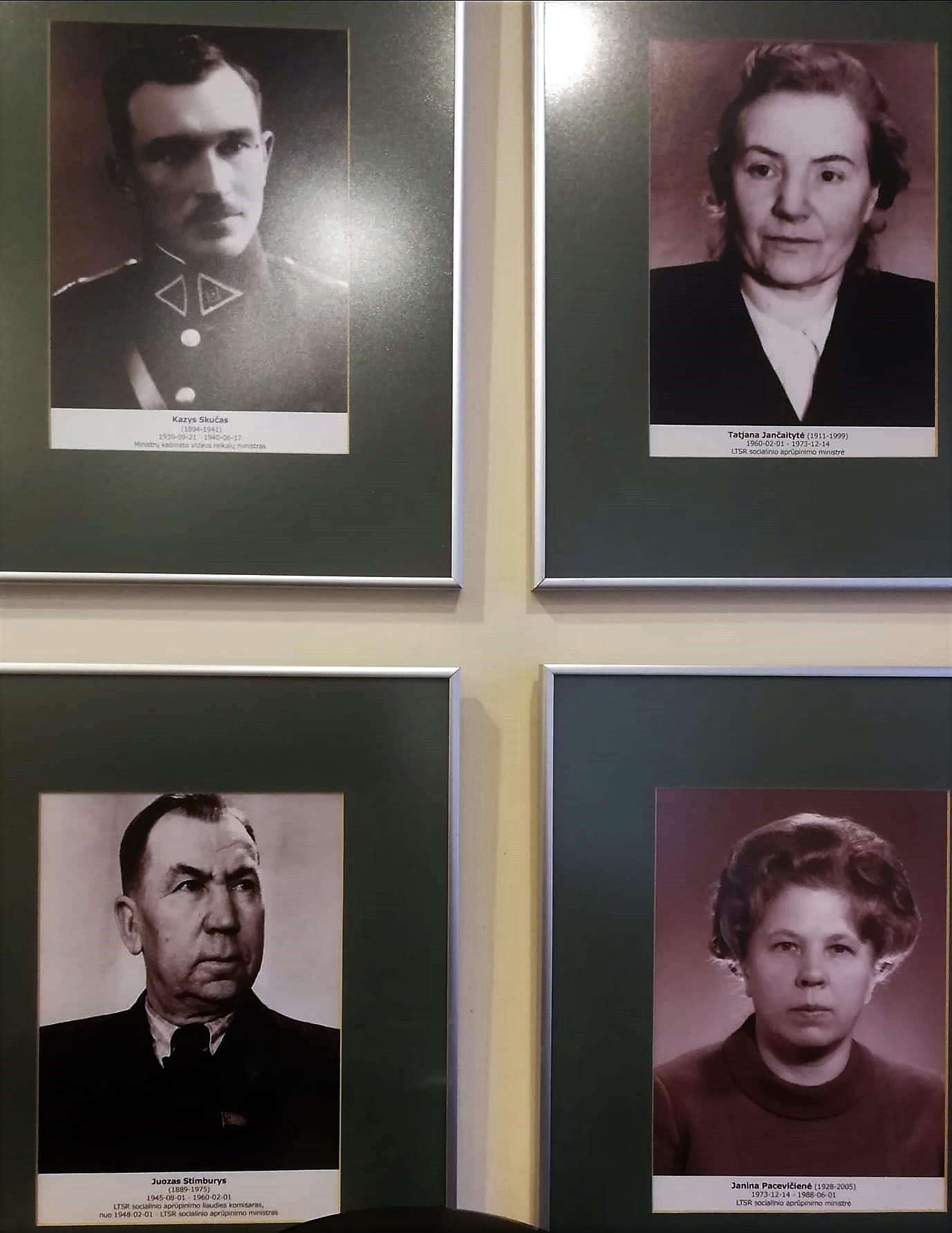 Okupacinės valdžios atstovų nuotraukos Lietuvos Respublikos Socialinių reikalų ir darbo ministerijoje | lps.lt nuotr.