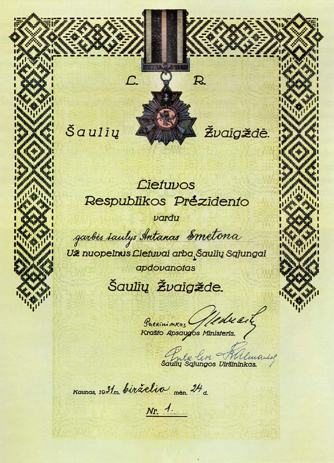 Garbes šaulio Prezidento A. Smetonos apdovanojimo liudijimas,iš kolekcininko V. Kavaliausko rinkinio | V. Kavaliausko nuotr.