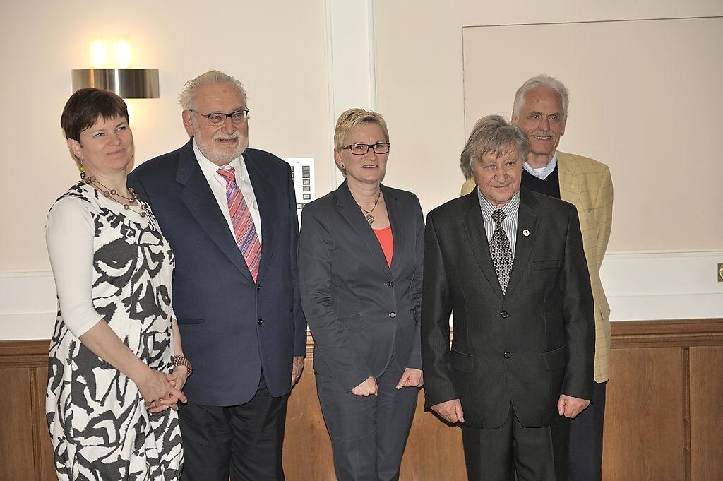 Detmoldas ,konferencijos 2013 05 11 dalyv. Jana Muhonen (Jaana Muhonen(Suom), Lučiano Maluza (Luciano Maluza (Ital), Petra Heidrič Šrioder (Petra Heidrich-Schrioder(Vok), Vaclovas Bagdonavičius (Liet), Dyter Riuge (Dieter Riugge (Vok) | Autorių nuotr.