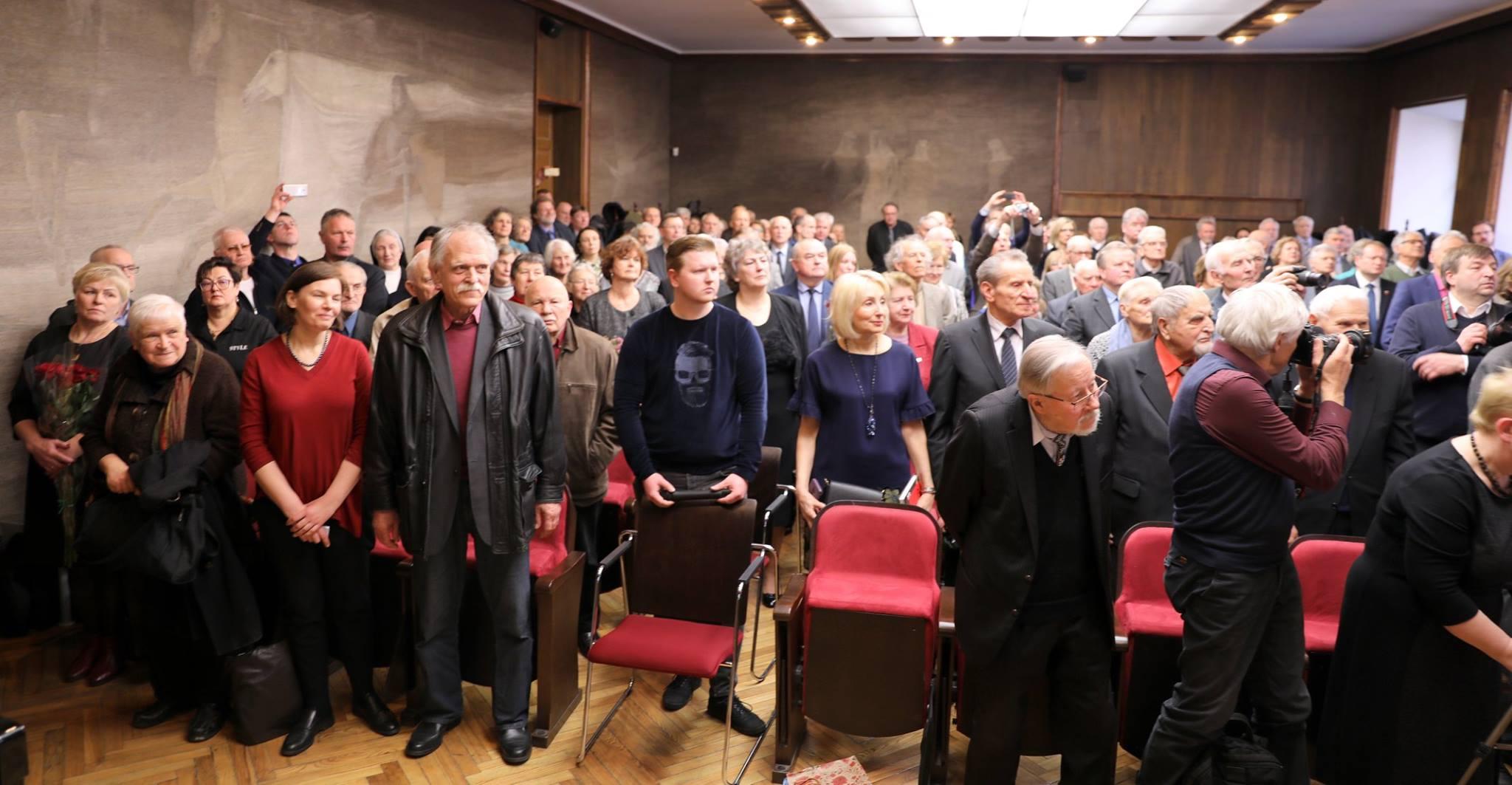 Gerbėjai, Gobelenų salė (V. Krėvės auditorija), pagarba jubiliatui Albinui Kentrai | A. Stričkos nuotr.