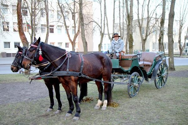 UKT režisieriaus Šarūno Kunicko ir Nomedos Marčėnaitė pokalbio akimirkos | V. Mintaučkio nuotr.