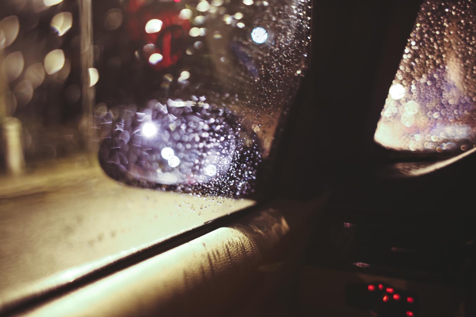"""Veidrodėlis per lietų   """"Goodyear"""" nuotr."""
