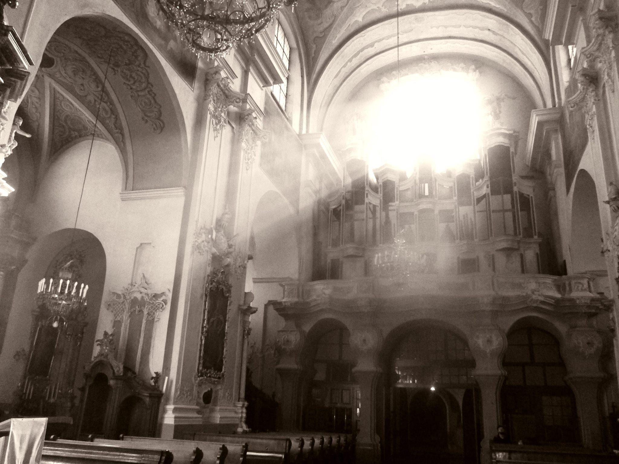Vilnius-kitu-kampu-fotografija-Vilniaus-Šv.-dvasio-bažnyčios-vargonai