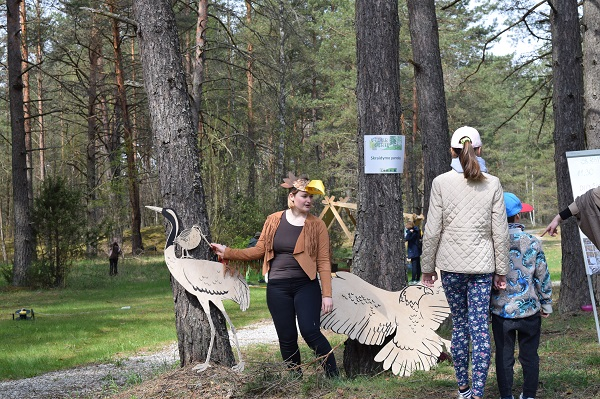 """Skraidymo pamokos """"Vidur girių""""   Baltijos aplinkos forumo nuotr."""