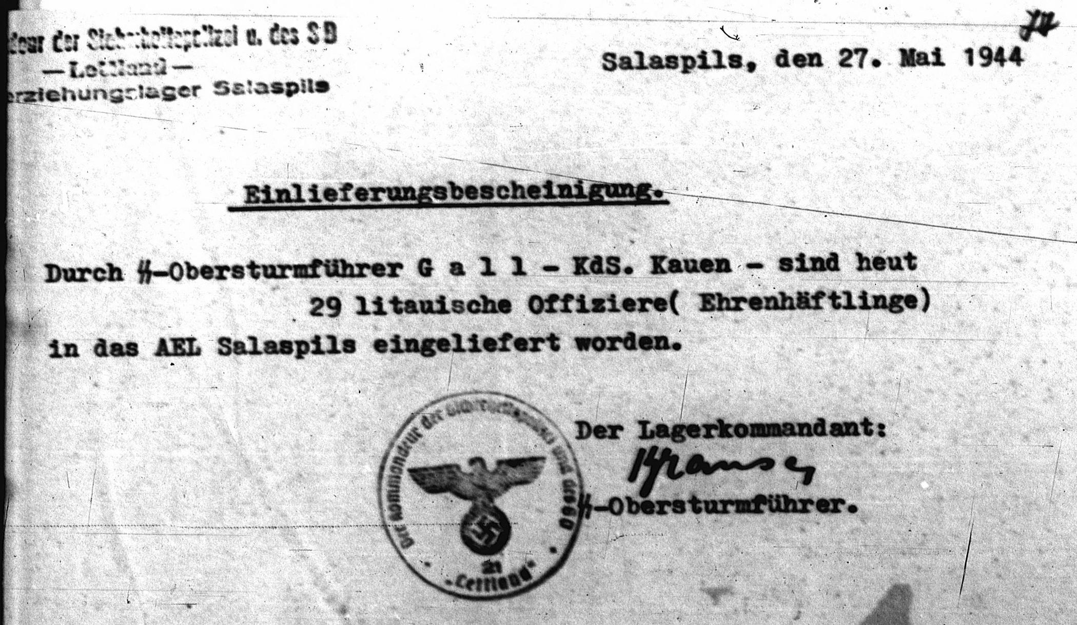 Salaspilio koncentracijos stovyklos viršininko pranešimas apie 29 lietuvių karininkų priėmimą | LCVA, f. R-1399, ap. 1, b. 106, l. 77 nuotr.