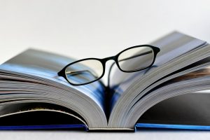 Skaitymo akiniai | Pixabay nuotr.