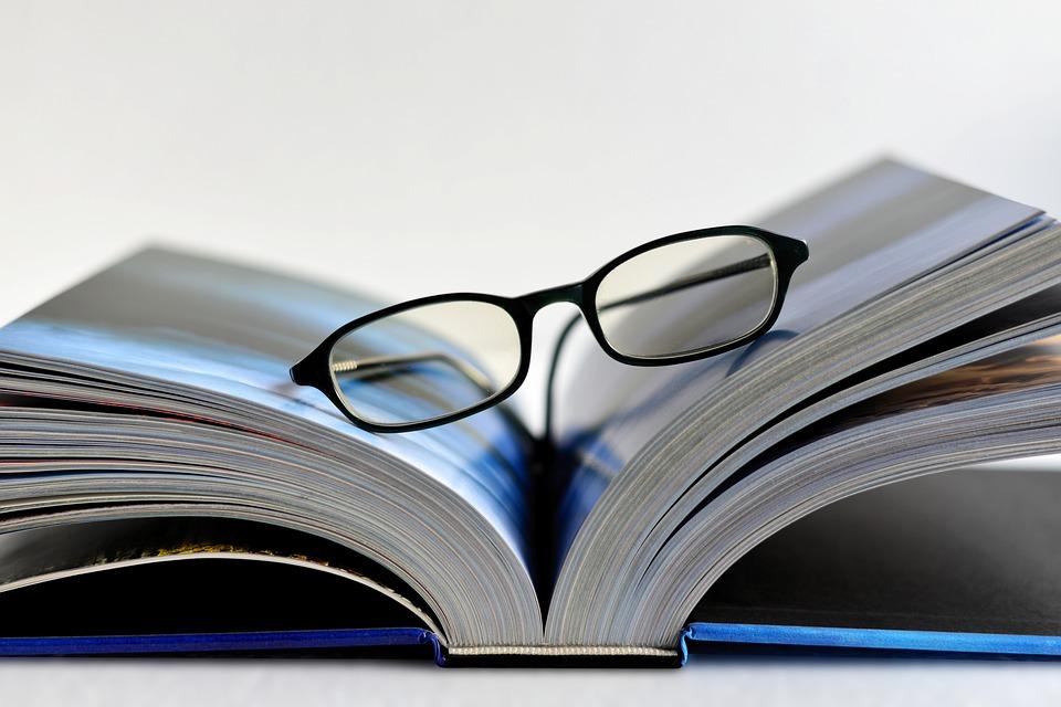 Skaitymo akiniai   Pixabay nuotr.
