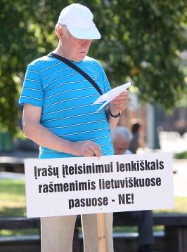 Jei reikės, bus referendumas dėl kalbos | S. Žumbio nuotr.