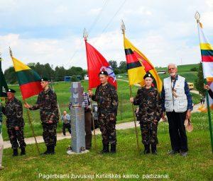 Pagerbiami žuvusieji Kirtiliškės kaimo partizanai | Z. Tamakausko nuotr.