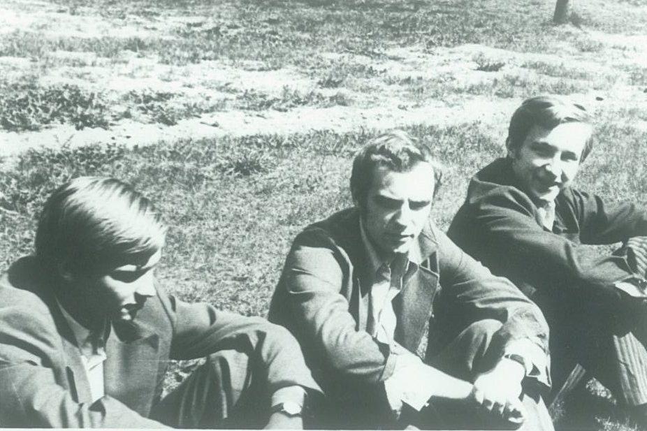 Zigmas Vaišvila, Gintaras Valiukonis ir Andrius Kubilius apie 1977 m.   Asmeninė nuotr.
