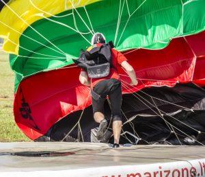 Parašiutininkų varžybos | Alkas.lt, A. Sartanavičiaus nuotr.