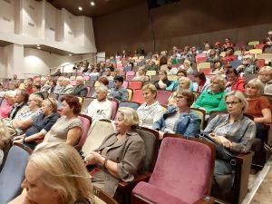Konkurso laureatų apdovanojimo ir filmų žiūrovai Kelmės kultūros centre | R. Jocienės nuotr.