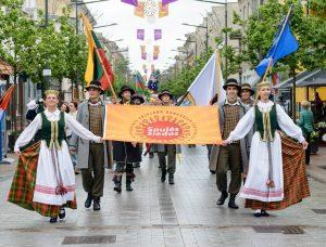 """Tarptautinė folkloro šventė """"Saulės žiedas""""   A. Kučo nuotr."""