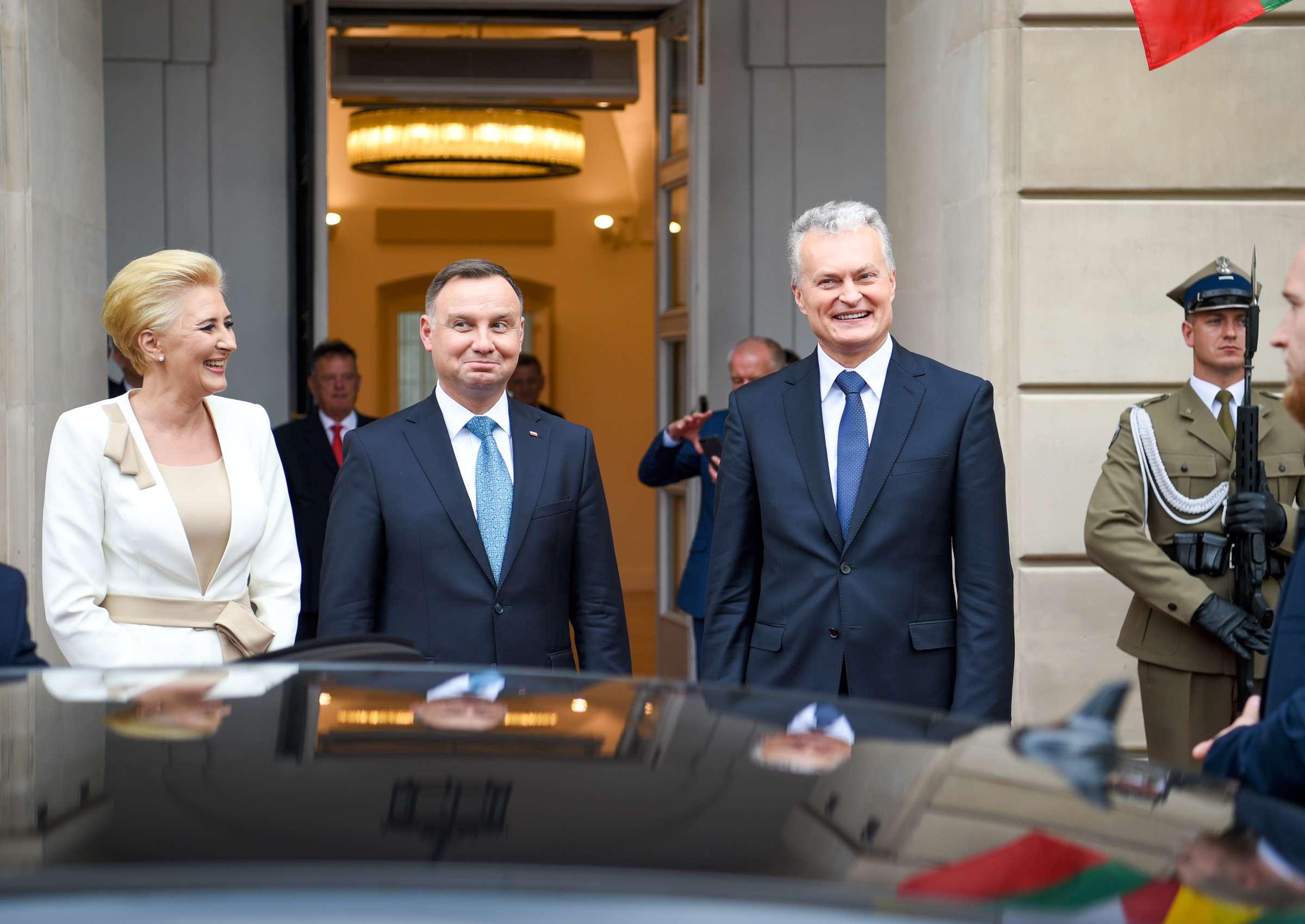 Lietuvos prezidentas Gitanas Nausėda su Lenkijos prezidentas Andžejus Duda ir Agata Kornhauser-Duda   lrp.lt, R. Dačkaus nuotr.