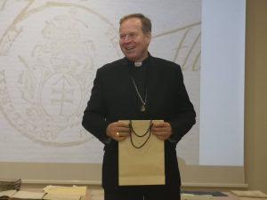 Pristatytas pirmasis Bažnyčios metrikų knygų skaitmeninimo etapas | Projekto rengėjų nuotr.