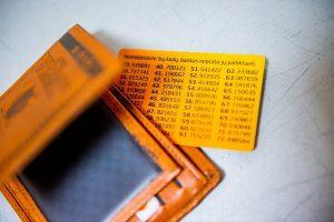 """Žinia trečdaliui """"Luminor"""" klientų: bankas padės rasti pamainą kodų kortelėms   Lrt.lt nuotr."""