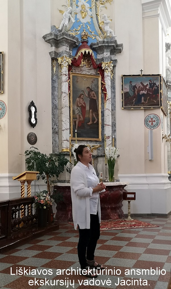 Liškiavos architektūrinio ansamblio ekskursijų vadovė Jacinta   A. Grigaitienės ir V. Sungailos nuotr.