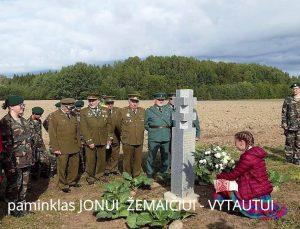 Pastatytas paminklas Jonui Žemaičiui-Vytautui   Š. Valentinavičiaus nuotr.