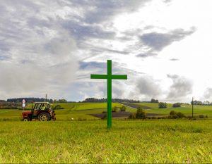 Lietuva dabar nusėta žaliųjų kryžių akcijomis | valstietis.lt nuotr.