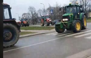 Ūkininkai Molėtų gatvėse. Protesto akcija | alkas.lt nuotr.