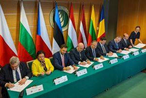 Pasirašyta deklaracija dėl tiesioginių išmokų suvienodinimo | lrv.lt nuotr.