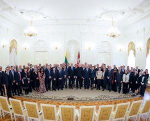 G. Naudėdos susitikimas su ambasadoriais | Prezidentūros nuotr.