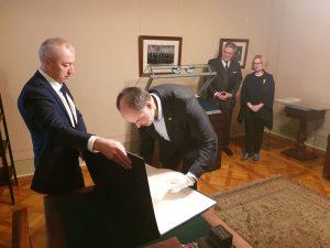 Į Signatarų namus sugrįžo Vasario 16-osios Aktas | lnm.lt nuotr.