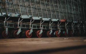 Prekių vežimėliai | sam.lt nuotr.