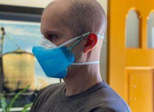 J. Filko dėvi 3D atspausdintą kaukę | washingtonian.com nuotr.