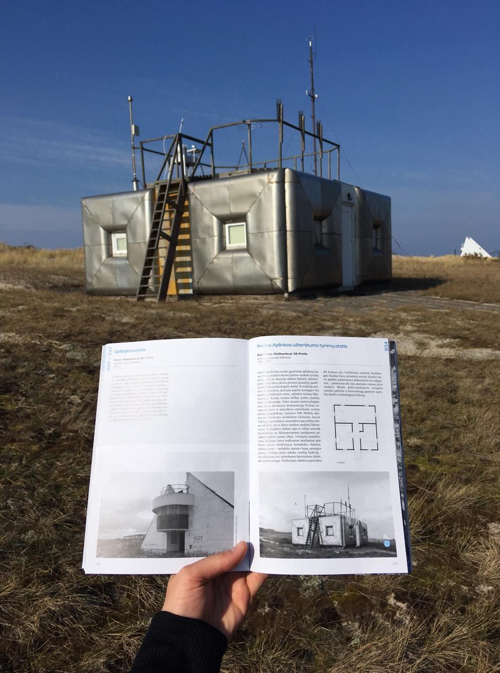 Preilos Aplinkos užterštumo tyrimų stotis ir Neringos architektūros gidas   A. L. Monsės (Ana Luisa Monse) nuotr.